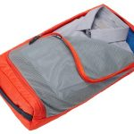 Keep clothes organized while traveling thanks to removable packing cube -MIneral